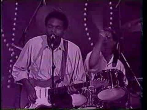 """ROBERT CRAY BAND  """"Faul Play' in Holland 1987 One of my first Blues favorites."""