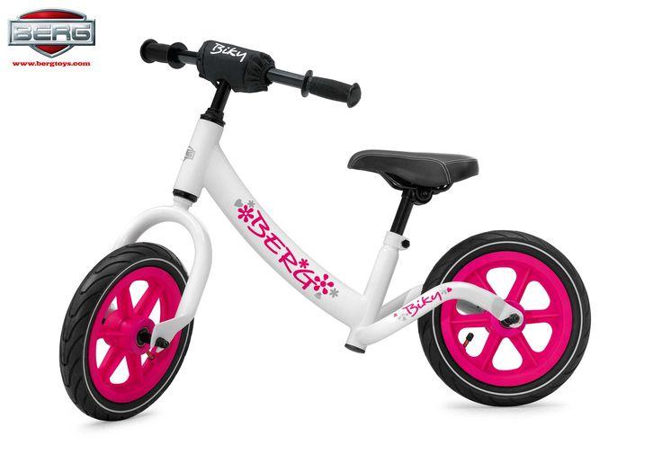 BICICLETA SIN PEDALES BIKY WHITE El Berg Biky es un correpasillos tipo bicicleta sin pedales para niños y niñas a partir de 2 años. Tiene un diseño muy bonito y unos colores espectaculares.  #correpasillos #bicicletasinpedales http://www.babycaprichos.com/bicicleta-sin-pedales-biky-white.html