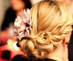 LOVEHair Ideas, Weddinghair, Hair Flower, Bridesmaid Hair, Prom Hair, Beautiful, Hair Style, Wedding Hairstyles, Updo