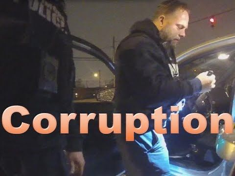 Baltimore Police: Still appear to be planting drugs during bust https://youtube.com/watch?v=rf0hGa0zQXY #dwv #disabledwarvet #police #cops #corruption #blm #Baltimore #baltimorepolice
