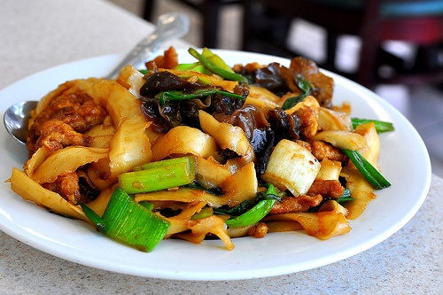 Kam Hong Garden, Monterey Park. You gotta get the Shanxi sauteed pork fried noodle. Make sure you get the knife-cut variety.
