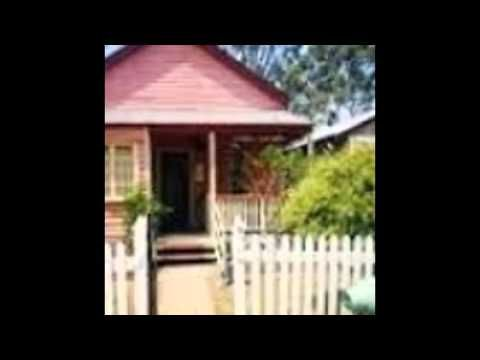 Beenleigh Historical Village & deposit is found in Beenleigh. The School excursions Brisbane and senior day tours Brisbane unit the famed places for families and students.