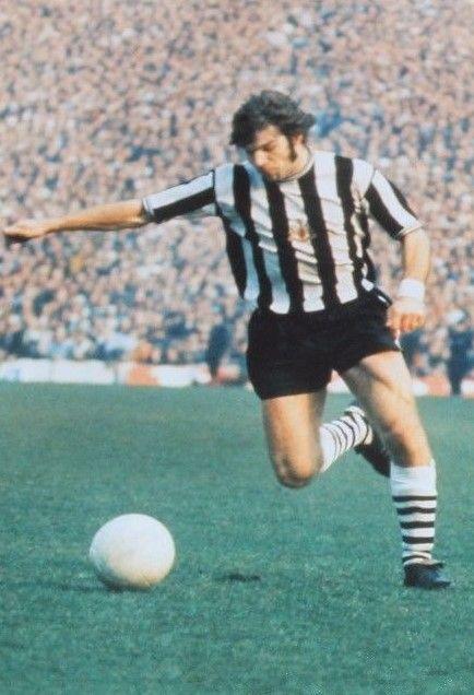Malcolm MacDonald Newcastle United 1972