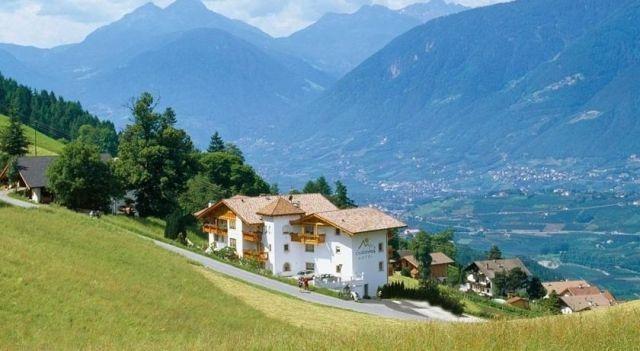 Residence Gruberhof - #Apartments - $100 - #Hotels #Italy #Schenna http://www.justigo.me.uk/hotels/italy/schenna/residence-gruberhof_158777.html