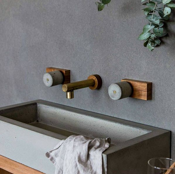 girlinthepark: Concrete brass and wood - fabulous Houz | Dana Tomic Hughes.
