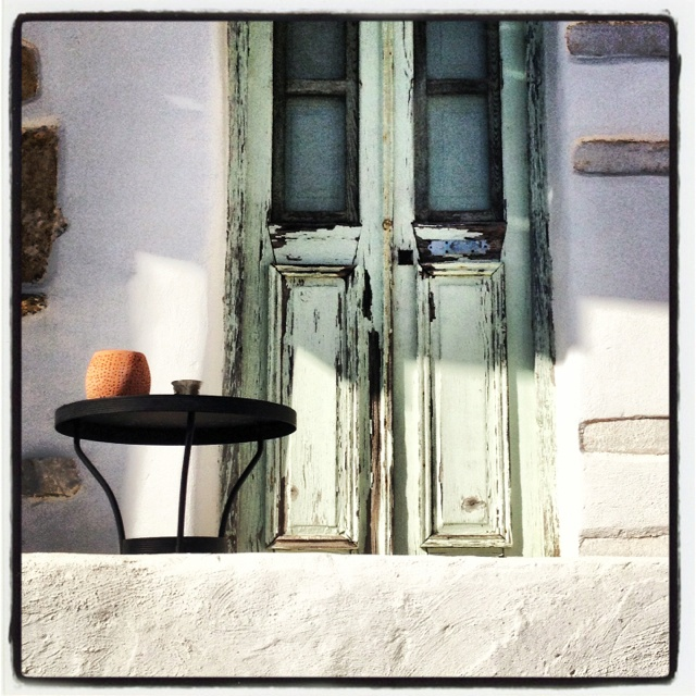A beautiful house in Antiparos island of Greece!  Simple and poor people who have everything they need! Happiness and friends!