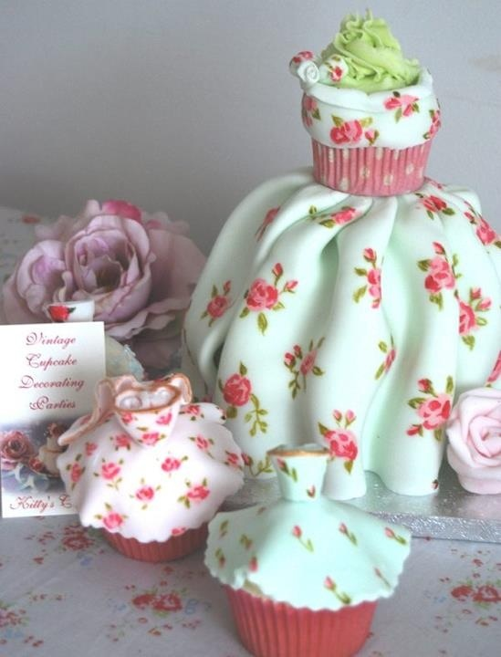 Dress Cake Fondant Art Sugar Flowers Amp Confectionery Art