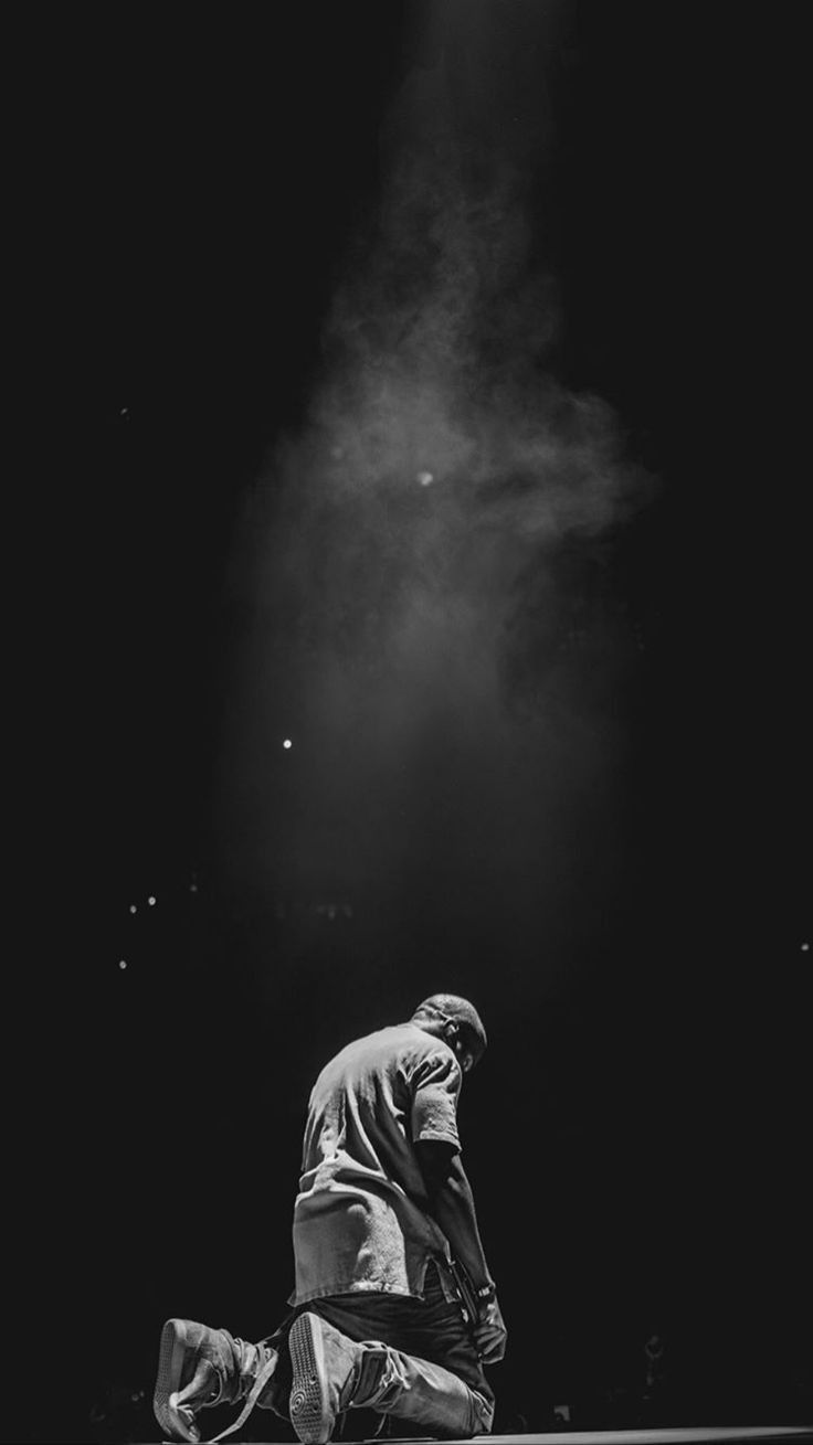 Pin By Riley Mcgillan On 2 In 2020 Kanye West Wallpaper Yeezus Tour Black And White Aesthetic