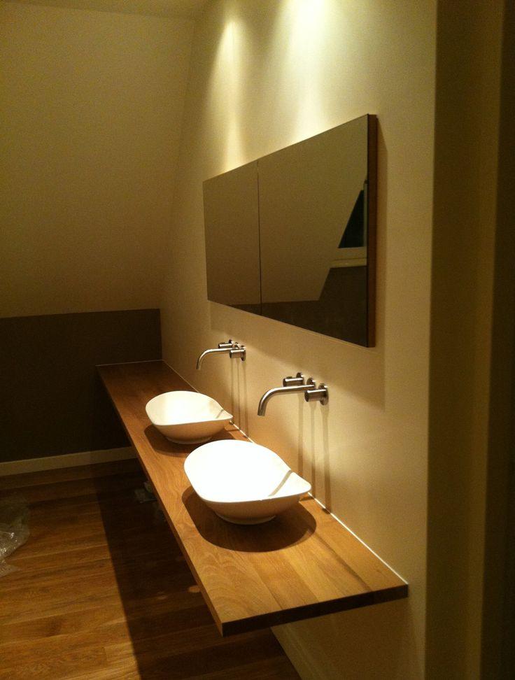 14 best Eigenwijze badkamer images on Pinterest   Bathroom, Showroom ...