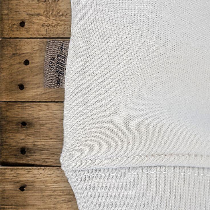 "DYSTROY Sweatshirt ""NO MERCY"" Flaglabel https://www.dystroy.com/Hoodies/Sweatshirt-No-Mercy-dirty-white.html"