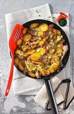 Tiroler Gröstel - Rindfleisch mit Pellkartoffeln und Zwiebeln #austria #tirol #feelaustria