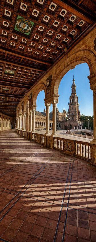 Plaza de Epaña, Sevilla, Spain