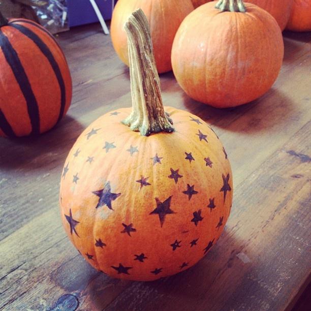 Starry Pumpkin. I LOVE PUMPKINS!!!  http://web.stagram.com/p/309353456413318232_3510902