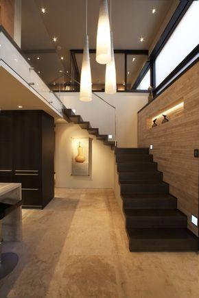 casas y modernas escaleras