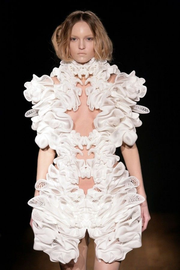 3D printed collection by Iris van Herpen.Join the 3D Printing Conversation: http://www.fuelyourproductdesign.com/