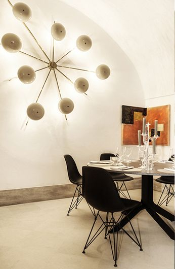 manna noto noto sicily restaurants bars lobbies. Black Bedroom Furniture Sets. Home Design Ideas