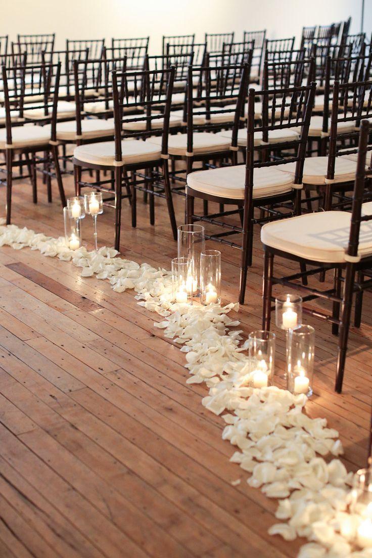 Photography: Landon Jacob Productions - landonjacob.com  Read More: http://www.stylemepretty.com/2014/10/16/sparkling-sequin-winter-wedding-in-columbia-sc/