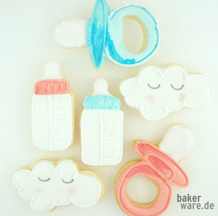 Süße Kekse für die Baby-Party selber backen und dekorieren.  Noch mehr Ideen und Anregungen findet Ihr auf www.bakerware.de.
