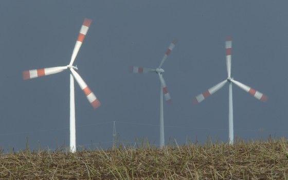 Turbinas eólicas na Alemanha (Foto: Sean Gallup/Getty Images)