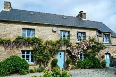 Residential property for sale in Berrien, France : 3 Bedroom Farm House For Sale