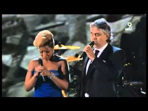 Mary J Blige and  Andrea Bocelli (Bridge over troubled waters) - Italian/English - Great performance!
