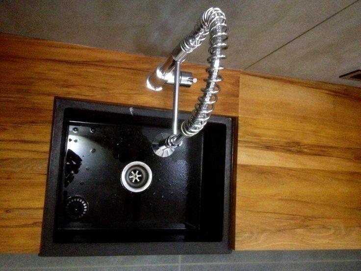 Handmade concrete sink