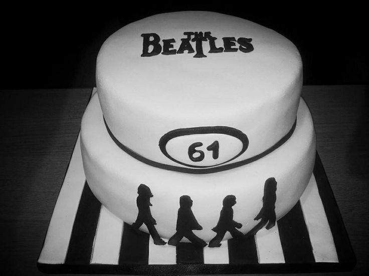 Hoera! Mijn vader is jarig en dat vieren we met Beatles-taart !