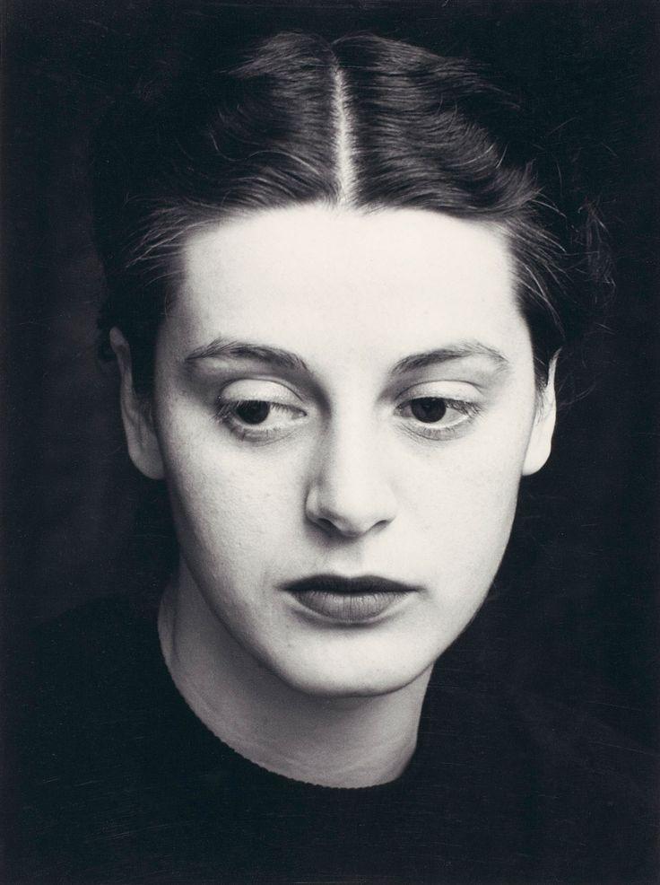OTTO STEINERT  LA COMTESSE DE FLEURY 1952 - perfect face to draw.