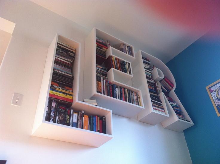 Estante de livros LER, desenvolvida por David Mantelli e Letícia Cortese. LER (READ, in portuguese) Bookshelf, developed by David Mantelli e Letícia Cortese. Located in Porto Alegre, Brazil