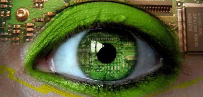 Χρησιμοποιώντας την ασύρματη τεχνολογία, ο αισθητήρας εμφυτεύεται στο μάτι ώστε να λαμβάνει τα σήματα του φωτός που στέλνονται από κάμερα.