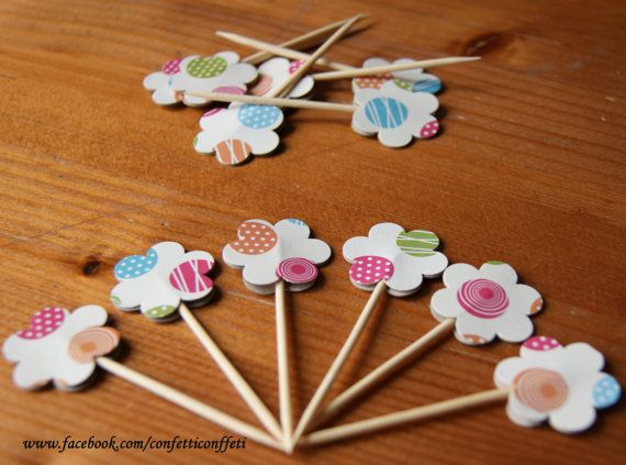 12 x Ball Pattern Daisy Cupcake Toppers Tea by ConfettiConffeti, $2.40