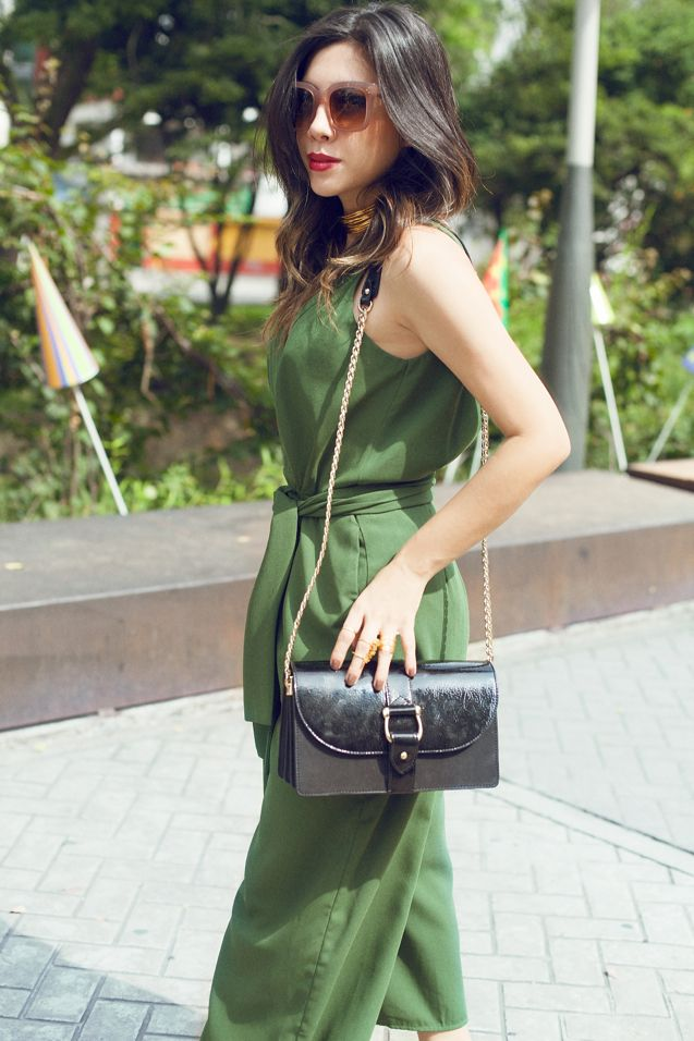 Green jumpsuit / Celine sunnies / And other stories bag