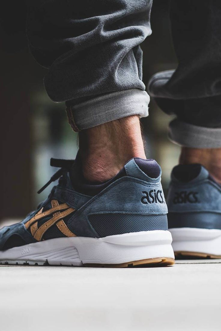 ASICS Gel Lyte V 'Planet' in the blue/sand colorway