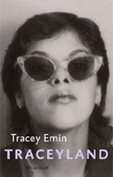 """Traceyland  <p>In de jaren negentig werd de Engelse kunstwereld opgeschrikt door de kunst van de Young British Artists. Kunstenaars als <a href=""""http://8weekly.nl/index.php?art=2433"""">Damien Hirst</a> en Jake & Dinos Chapman shockeerden het kunstestablishment met doorgezaagde dode koeien en gemuteerde etalagepoppen. Ook Tracey Emin (1963) behoorde tot deze groep kunstenaars, die hedendaagse kunst in Engeland weer tot het gesprek van de dag maak..."""