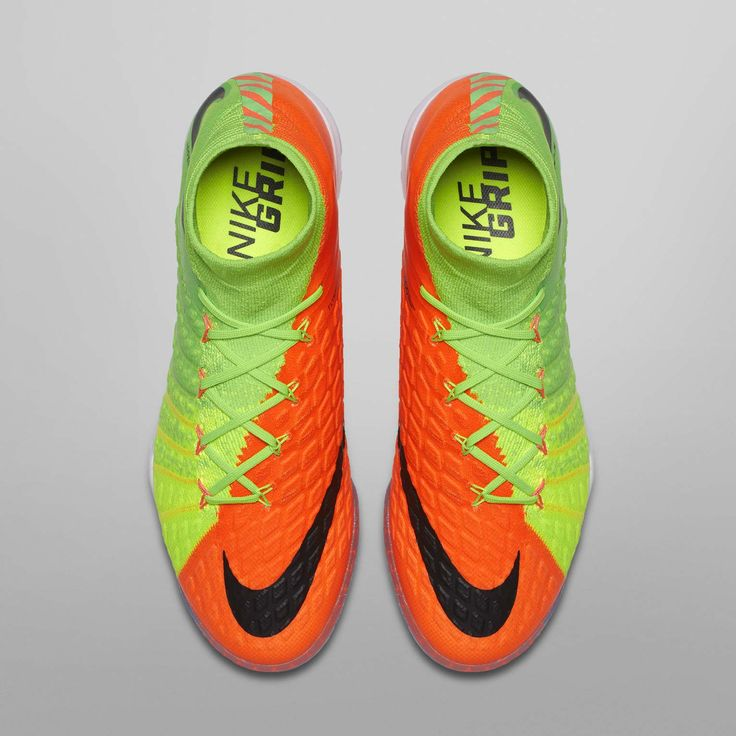 soccer boots nike different colour