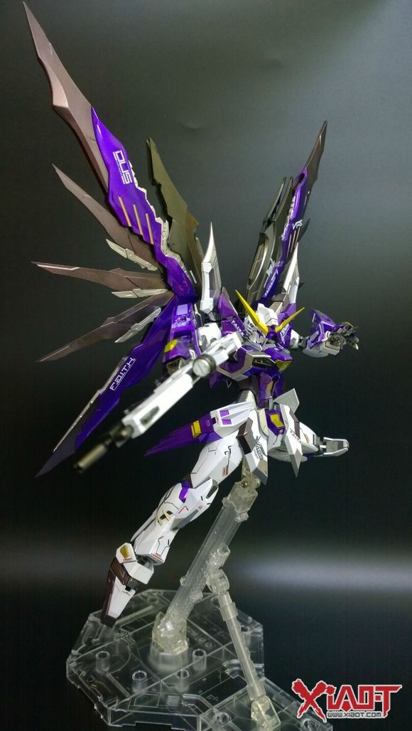 MG 1/100 Destiny Gundam Athrun Custom - Painted Build     Modeled by circle喵喵喵