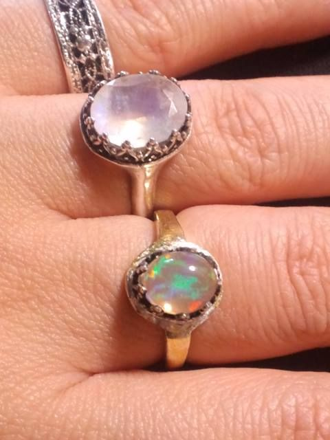 ウォーターオパールリング・シルバー金箔貼 &レインボーラブラドライトリング water opal ring silver/goldFilled & rainbow labradorite ring