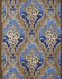 Tapet Nilsagården  i blått och guld, mönster från 1860, görs enligt hantverksmässiga traditioner av Lim & handtryck, 1450kr/rulle.