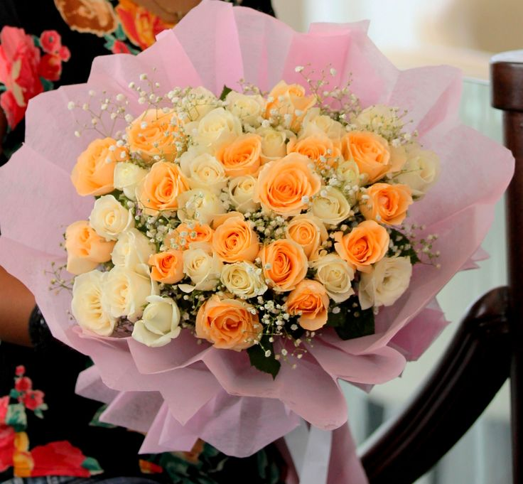 Smiles And Sunshine: A glowing bunch of lovely #Roses. #FreshFlowers #HandBouquet #NotJustFlowers #SameDayDelivery