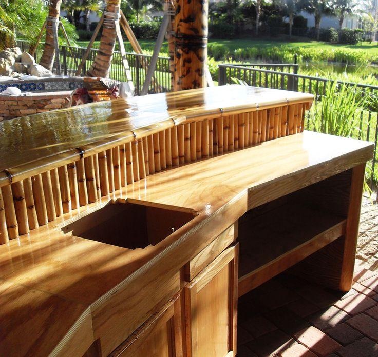 Custom Tiki Bar In Boca Raton: This Is A Custom Tiki Bar Built For A