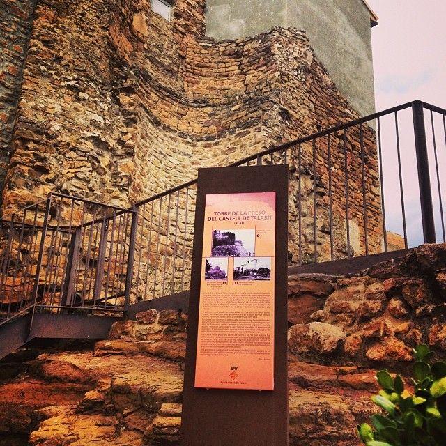 Antiga torre de la presó de Talarn - Old prision tower  #Talarn #PallarsJussà #Pirineu #Catalunya