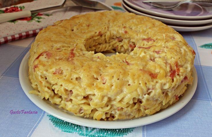 Timballo di pasta ai formaggi e prosciutto