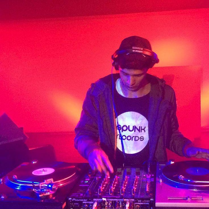 Music makes me go on #djspunky #spunkrecords #house #deephouse #vinyl #vinyls #wax #collector #recordlabel #music #love