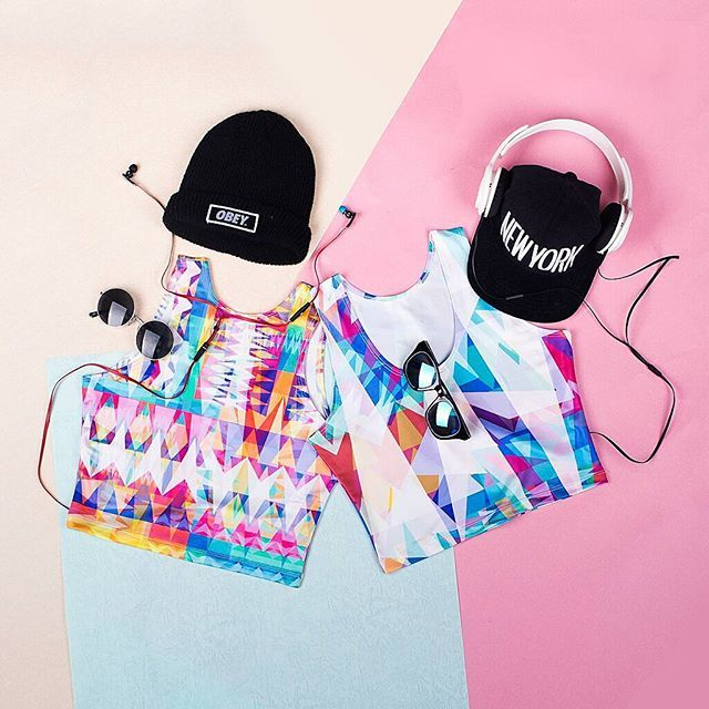 Artistic optical illusion at its finest. Hit up your #bestie, go matchy matchy in these flashy crop tops!  Use code FREE2ND, bring home the 2nd item for FREE. Happy twinning!  Featured design by @mirandamol www.pinkcess.com/blink-miss-sale #PinkcessFashion #fashion #fall #sale #fashionista #girl #loveit #obsessed #top #awesome #design #art #colorful #street #cool #style #today #outfit #look #ootd #swag #fun #beautiful #hkig #instagood #instadaily #bestoftheday #photooftheday #picoftheday
