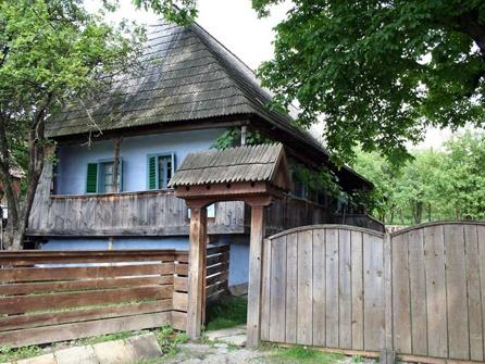 Áron Tamási hungarian writer's birthplace in Farkaslaka, Erdély, Eastern-Carpathians /Tamási Áron író szülőháza - Farkaslaka - Erdély