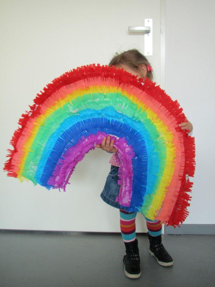 Rainbow piñata / Regenboog piñata // VAN BRITT