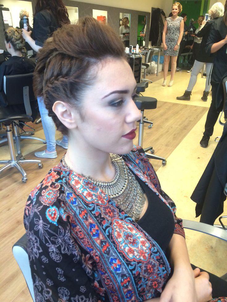 Hair updo by Buse Ilgin