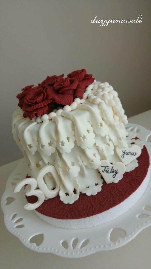 30. Evlilik Yıldönümü Kutlamasııı! Tarzımız en sevdiğimmm vintage  (Tülay ❤ Yunus ALP) www.duygumasali.com #duygumasali #sekerhamuru #sugarart #fondant #vintage #cake #yildonumu #pasta #pastamodeli #butikpasta #edirne #edirnebutikpasta #pasta #yildonumubutikpasta #anniversary #yetiskinbutikpasta #gumpaste #30years #evlilikyildonumu #edirnepasta #vintagecake