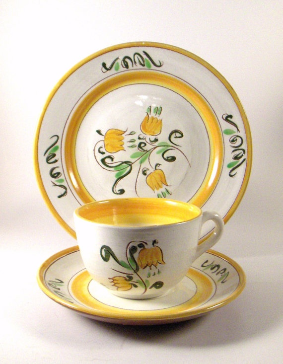 Vintage Stangl Tulip Yellow & 60 best stangl images on Pinterest | Dinnerware Childhood and Cutlery