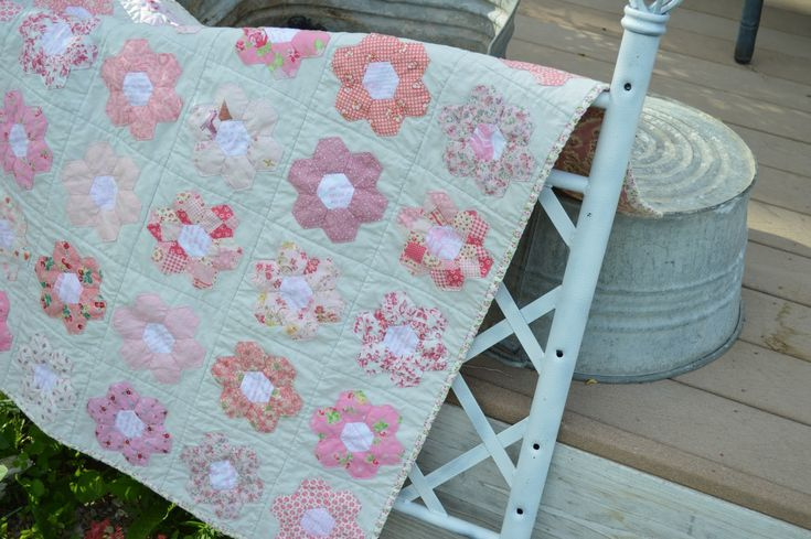 Pink Baby Hexie Quilt with English paper Piecing